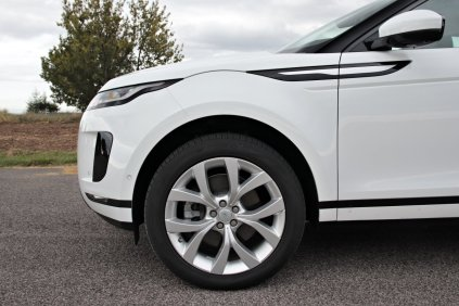 test-2019-range-rover-evoque-d180- (14)
