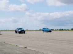 Ford_F-150_Raptor-Ford_Ranger_Raptor-Mercedes-Benz_X350d-Volkswagen_Amarok_V6_TDI-sprint-video