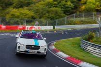 elektromobil-jaguar_i-pace_race_etaxi_nurburing-02