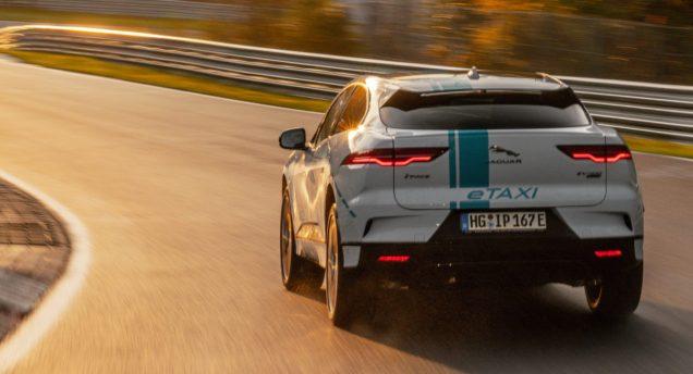 elektromobil-jaguar_i-pace_race_etaxi_nurburing-09