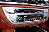test-2019-bmw-750i-xdrive-1992-bmw-735iA-E32- (38)