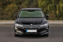 test-2019-skoda-superb-facelift- 20-tdi-evo-110-kw-dsg-laurin-a-klement- (3)