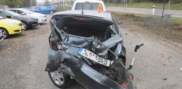 nehoda-kamion-prostejov-27-aut-poskozeno-04