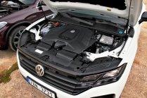 srovnavaci-test-2019-bmw-x5-volkswagen-touareg-benzin- (18)