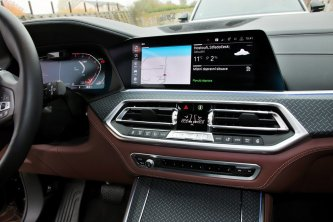 srovnavaci-test-2019-bmw-x5-volkswagen-touareg-benzin- (28)