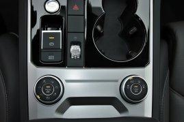 srovnavaci-test-2019-bmw-x5-volkswagen-touareg-benzin- (56)