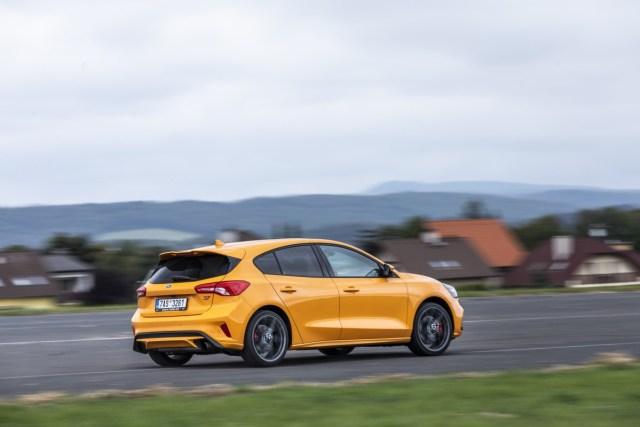 test-2019-ford-focus-st-plus-performance-23-ecoboost-32.jpg