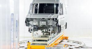 tovarna-vresno-volkswagen-crafter-vw-uzitkove-vozy- (3)