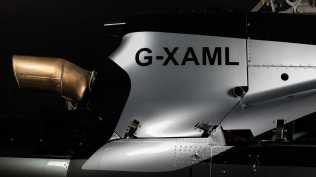Aston martin vrtulnik (6)