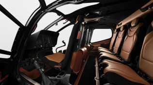 Aston martin vrtulnik (7)