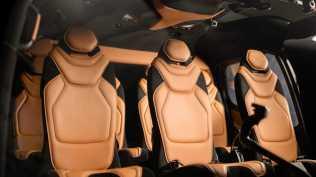 Aston martin vrtulnik (9)