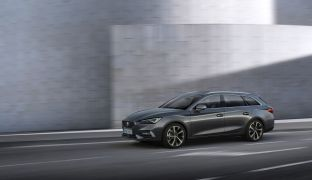 SEAT-launches-the-all-new-SEAT-Leon_05_small