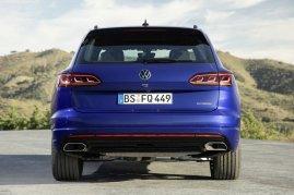 2020-volkswagen-touareg-r-plug-in-hybrid- (7)