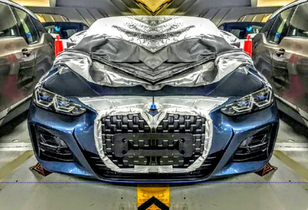 BMW-rady-4-G22-unik-fotek-01
