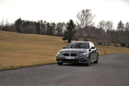 test-2019-bmw-330d-xdrive-touring- (1)