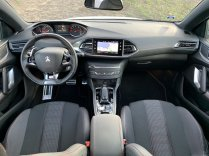test-po-4tisic-kilometrech-2020-peugeot-308-sw-15-bluehdi-8at- (25)