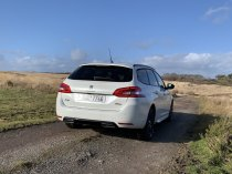 test-po-4tisic-kilometrech-2020-peugeot-308-sw-15-bluehdi-8at- (4)