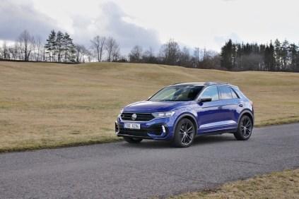 test-2020-volkswagen-t-roc-r- (1)