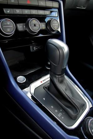 test-2020-volkswagen-t-roc-r- (40)