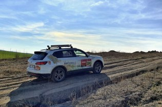 test-volkswagen-touareg-v6-30-tdi-170-kW-4motion-dakar-barth-racing- (46)