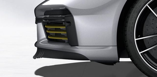 Porsche_911_Turbo_S-992-aerodynamika-predni-spoiler- (6)