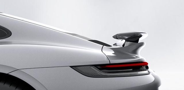 Porsche_911_Turbo_S-992-aerodynamika-zadni-kridlo- (2)