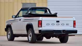 dodge-dakota-sport-kabriolet-na-prodej- (4)