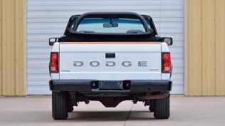 dodge-dakota-sport-kabriolet-na-prodej- (5)