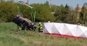 nehoda-skoda-felicia-zeleznicni-prejezd