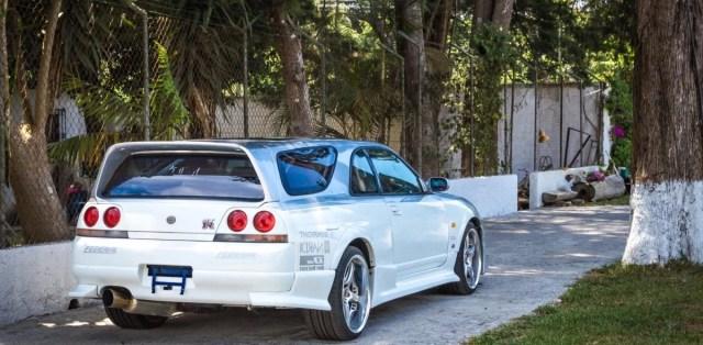 1995-nissan-skyline-gt-r-speed-wagon-na-prodej- (2)