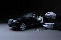 Rolls-Royce-Cullinan-zmenseny-model-1_8- (2)