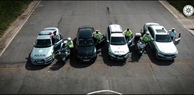 sprint-policejni-auta-video-4