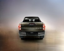 2020-toyota-hilux-invincible-facelift- (5)