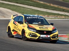 Honda_Civic_Type_R_Limited_Edition_Safety_Car_2020_WTCR- (2)