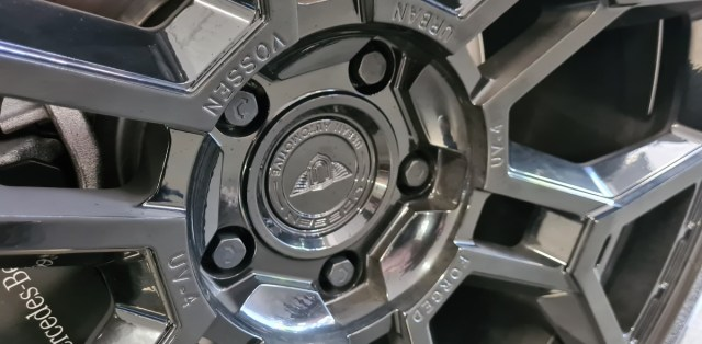 mako-car-vossen-wheels- (4)