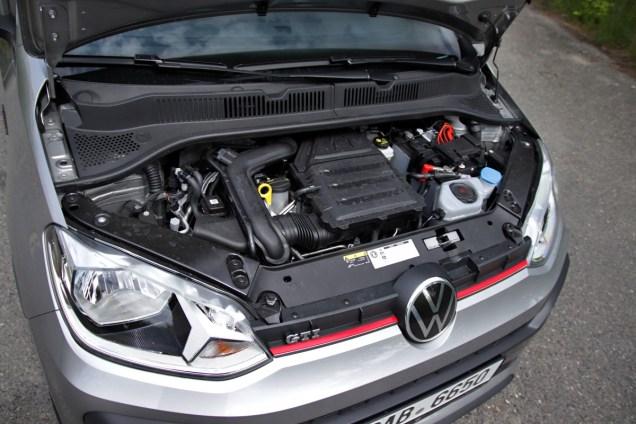 test-2020-volkswagen-up-gti- (38)
