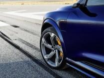 2021-elektromobil-Audi_e-tron_S- (10)