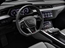 2021-elektromobil-Audi_e-tron_S- (14)