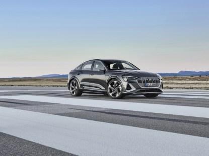 2021-elektromobil-Audi_e-tron_S_Sportback- (1)