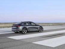 2021-elektromobil-Audi_e-tron_S_Sportback- (2)