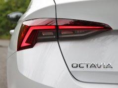 Test-2020-Skoda-Octavia-15-TSI-110-kW-ACT- (13)