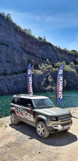 prvni-jizda-Land-Rover-Defender-a-dalsi-modely-v-lomu-Amerika-Dajbych- (5)