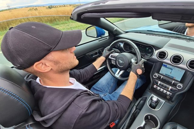test-2020-ford-mustang-convertible-50-v8-10at- (15)