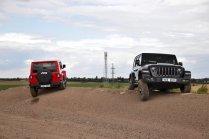 test-2020-jeep_wrangler_rubicon-a-jeep_wrangler_sahara- (6)