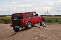 test-2020-jeep_wrangler_rubicon-a-jeep_wrangler_sahara- (7)