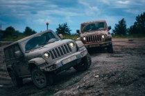 test-2020-jeep_wrangler_sahara-a-jeep_wrangler_rubicon- (10)