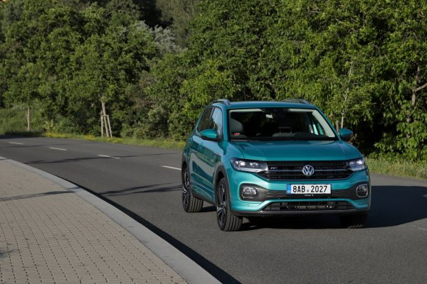 test-2020-volkswagen-t-cross-15-tsi-110-kW-dsg- (2)