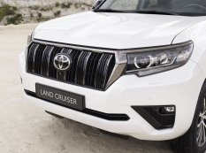 2020-Toyota_Land_Cruiser-Black_Pack-facelift- (6)