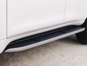 2020-Toyota_Land_Cruiser-Black_Pack-facelift- (8)