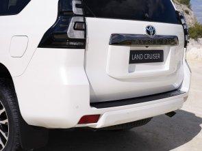 2020-Toyota_Land_Cruiser-Black_Pack-facelift- (9)